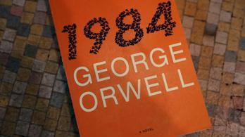 Amerikában reneszánszát éli Orwell 1984 című regénye