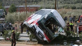 Nem aludt el a tavalyi spanyol buszbaleset sofőrje