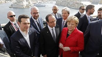 Épül a Tusk Tower: Trump egyesítheti Európát
