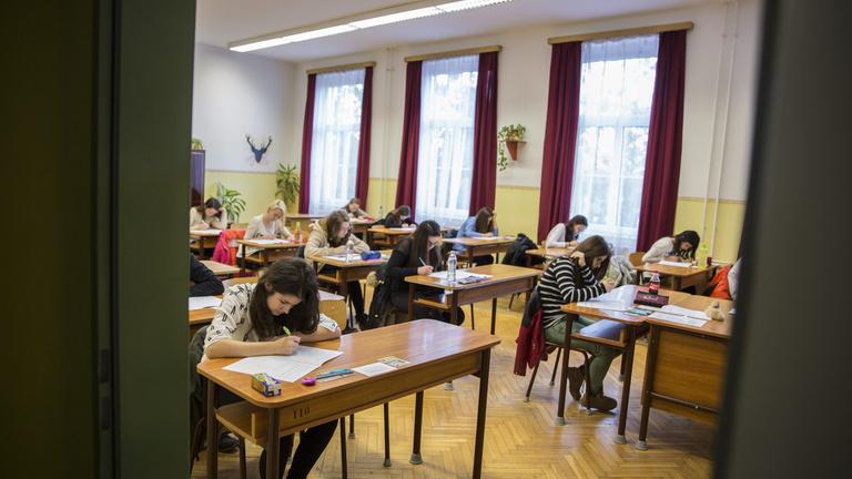 Miért vágynak olyan sokan hatosztályos gimnáziumba?