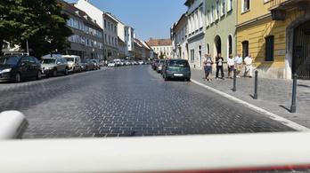A Várban a legolcsóbb a parkolás Budapesten, csak eddig senki nem tudott róla