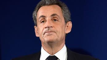 Bíróság elé állhat Sarkozy