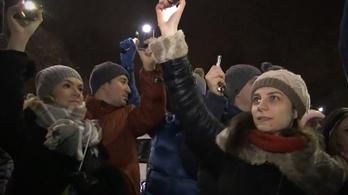 Tudjon meg mindent egy percben a romániai tüntetésekről!