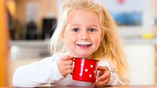 Rosszat teszek, ha tejjel itatom a gyereket?