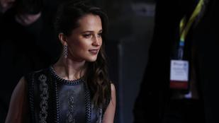 Ki a szexibb Lara Croft: Alicia Vikander vagy Angelina Jolie?