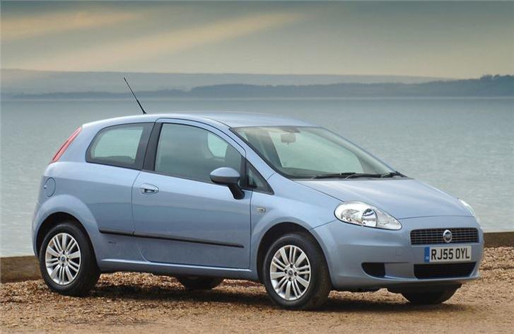 Fiat~Grande~Punto~(6)