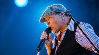 Nem bírja már a turnézást a Grammy-díjas jazzénekes, Al Jarreau