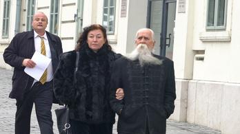 Fütyülőket láttak, így reagáltak a Fidesz-vendégek