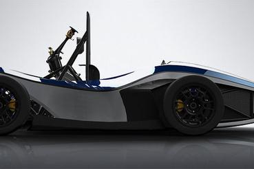 A miskolci Formula Student autó a fura arányok ellenére is dögö