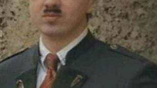 Rendőrök keresik Hitler hasonmását, aki a diktátor szülőhelyén kísért