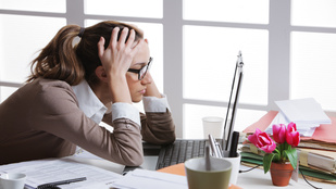 Két órával kellene kevesebbet dolgoznunk, ha fontos az egészségünk