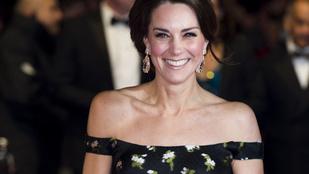 Egy nemzet csodálkozott rá Katalin hercegné szabadon hagyott vállaira