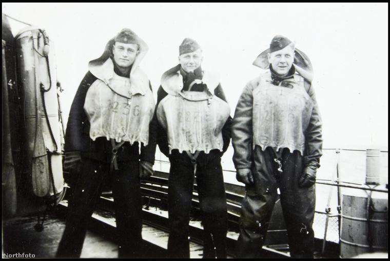 A nyilvánosságra került fotósorozat a tengeralattjáró első tisztjének, Wilhelm Hinrichsnek a gyűjteményéből került elő