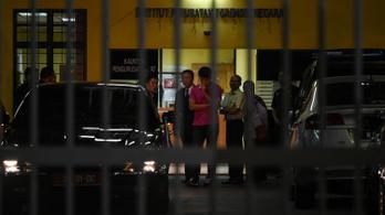 Már három embert elfogtak Kim Dzsongnam meggyilkolása miatt