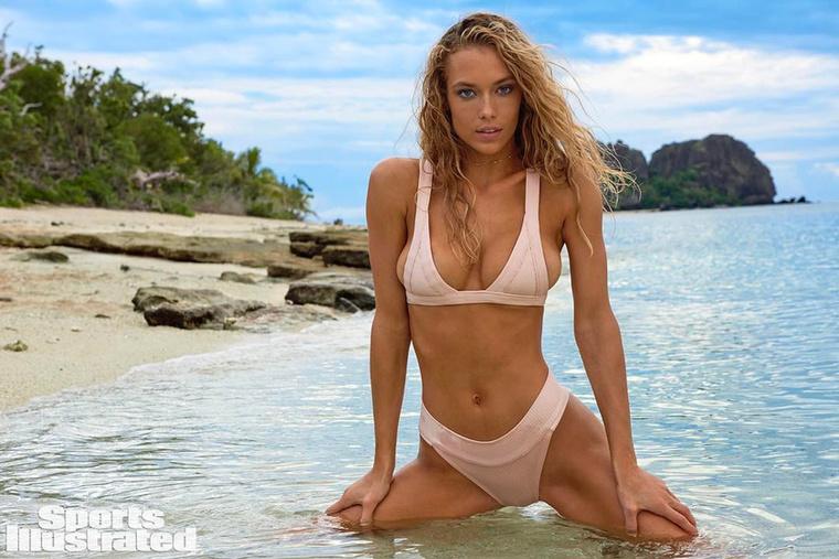 Texas büszkesége, a 24 éves Hannah Ferguson modell a negyedik nekifutásánál tart