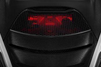 Nagyobb motort kap az új McLaren