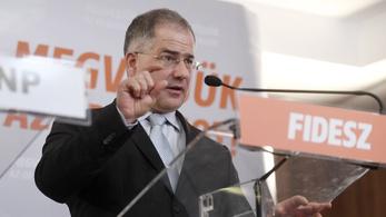 Folytatódik a Fidesz civil szervezetek elleni hadjárata