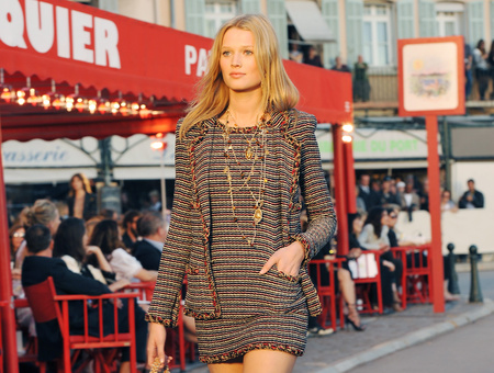 Chanel kosztüm idén nyárra?