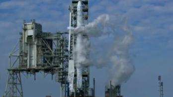 13 másodperccel a start előtt stoppolták a SpaceX rakétáját