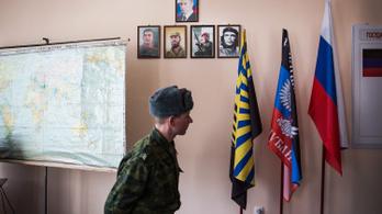 Oroszország elismeri a kelet-ukrajnai szakadár államokat