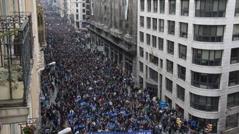 160 ezer tüntető követelte, hogy Spanyolország fogadjon be több menekültet