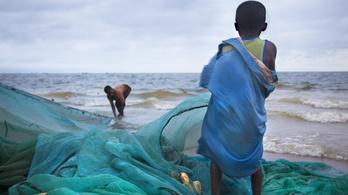 ENSLAVED - A modern rabszolgaság képei