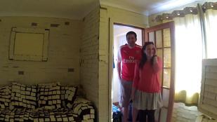 14 ezer cetlivel ragasztották össze a nászutas pár lakását