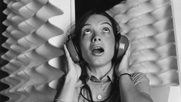 Mivel lehet mobilon tisztán hallani a zenét?
