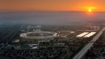 Áprilisban nyit az Apple új, futurisztikus központja