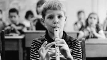 Hangszert adnak minden gyerek kezébe az észtek