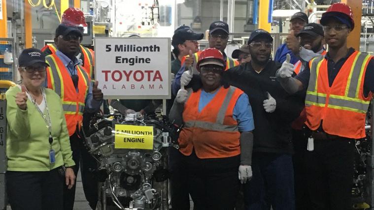 Ötmillióhoz ért a Toyota