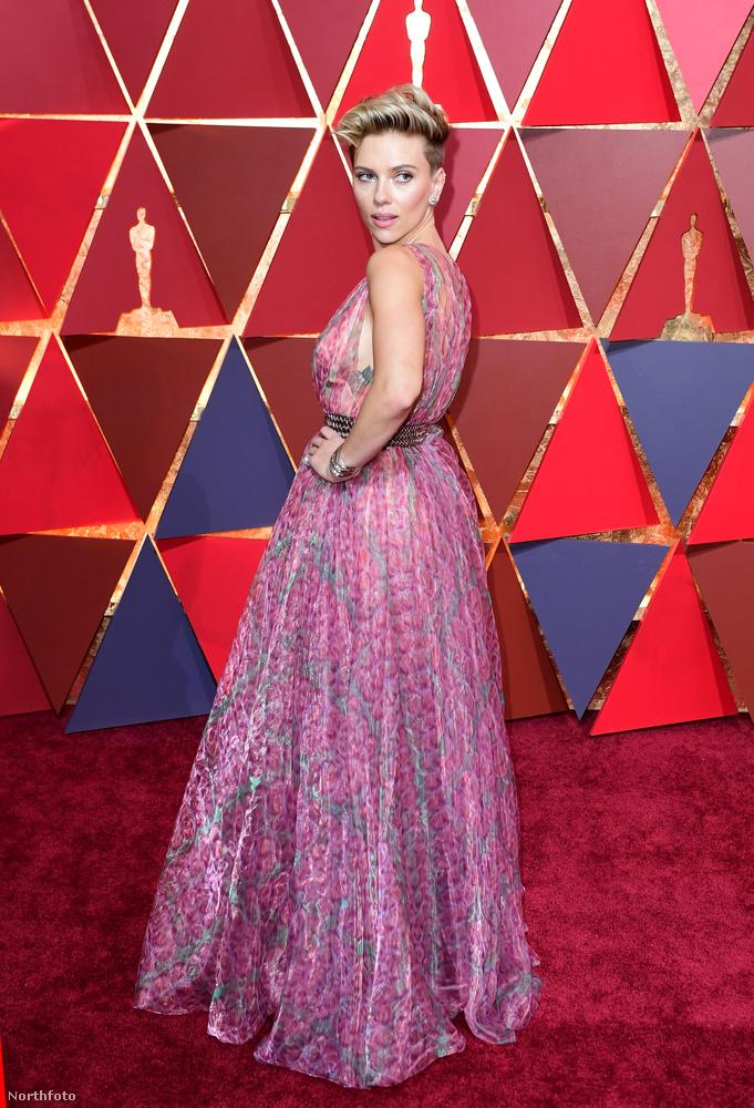 Vele kapcsolatban se kell túlragozni, hogy mit keres a 2017-es Oscar-gála legszexibb női között