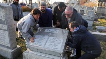 Muszlimok segítettek helyreállítani a megrongált zsidó temetőket