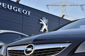 Mi állhat az Opel-Peugeot egyesülés útjában?