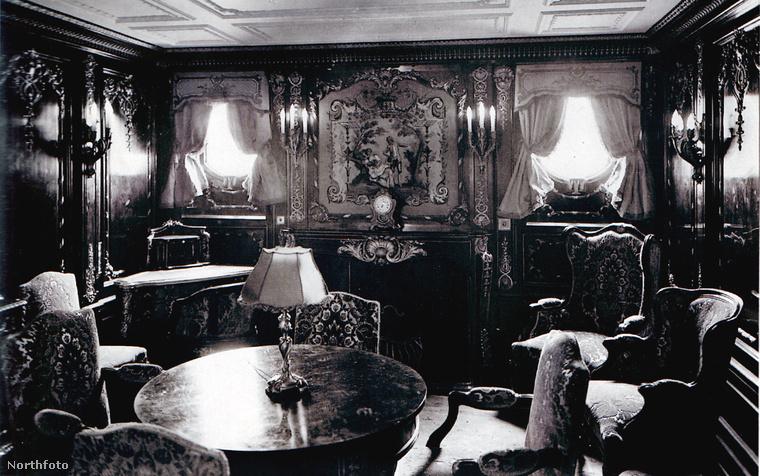 Mutatunk konkrét példákat! Ilyen volt a luxushajó egyik társalgó szobája eredetileg.