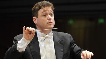 Opera 18 éven felülieknek
