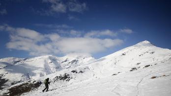A felmelegedés miatt lassabban olvad a hó, és ez baj