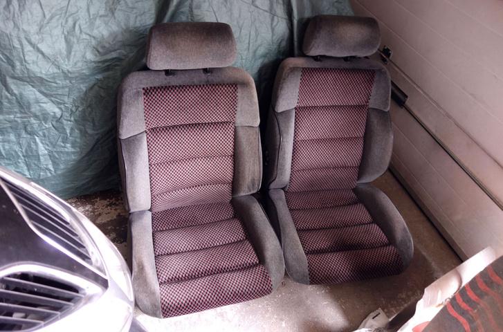 Maradt a két Peugeot 405 SRi vagy Mi16-ülés