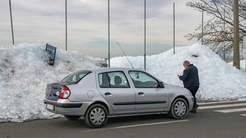 Jégcunami pusztít a Balaton partján
