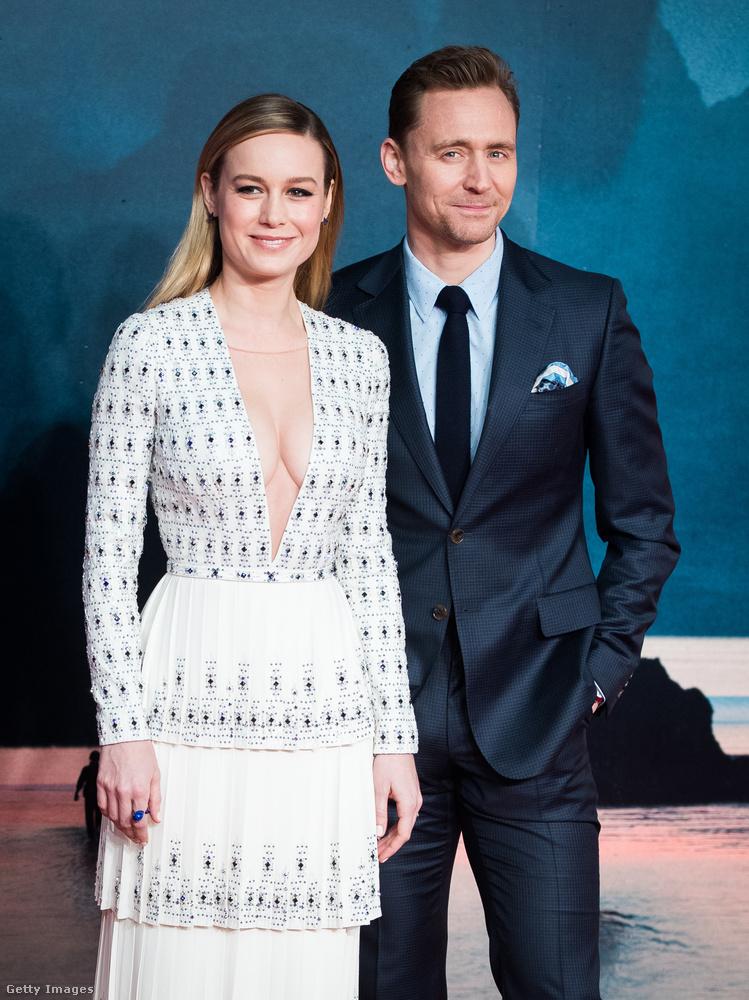 Brie Larson nem pihent sokat az Oscar-díjátadó után, mert van egy filmje, amit népszerűsítenie kell.Ez a                          Kong: Koponya-sziget, amelyben, mint bizonyára rájöttek, Tom Hiddleston a főszereplő-társa.