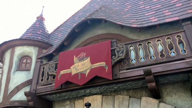 Szépség és Szörnyeteg-étterem nyílt Disneylandben