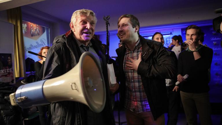 Trollkodni jöttek, demokráciát kaptak a Fidesz szimpatizánsai Győrben