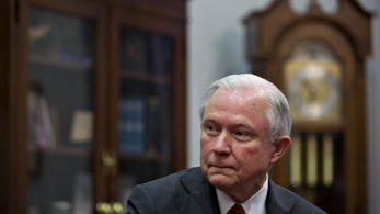 Nem Trump igazságügyi minisztere felügyeli majd az orosz vizsgálatot