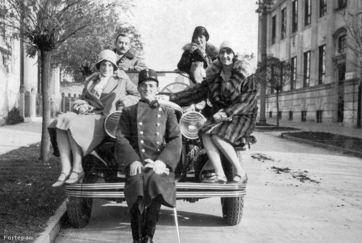 Automobil 1930