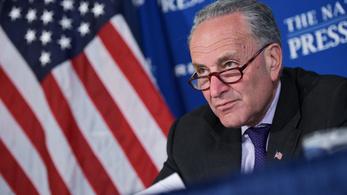 Trump visszavág: egy demokrata szenátor orosz kapcsolatait vizsgálná