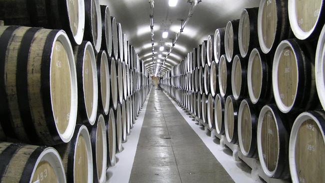 Bőröndben érkeznek a krími borok a VinCE borfesztiválra