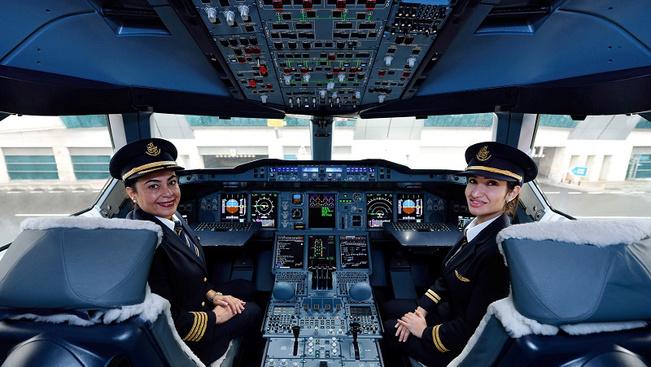 A nőket ünnepli az Air India és az Emirates