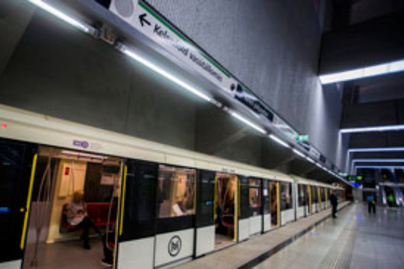 metro ajto lead