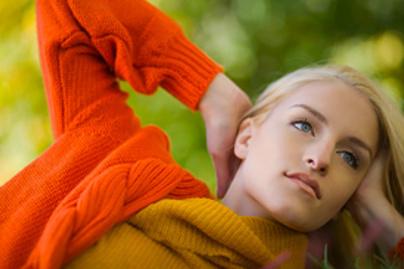 5 szin ami mindenkit fiatalabbnak es vonzobbnak mutat lead 1