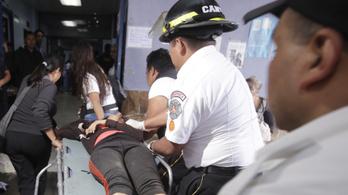 Kigyulladt egy guatemalai gyermekotthon, 19-en meghaltak